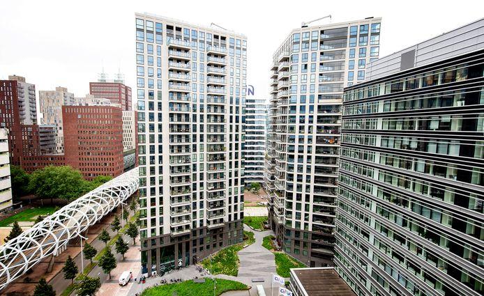 Hoogbouw in de wijk Bezuidenhout met appartementen en kantoren. Den Haag is momenteel koploper huizenbouw in Nederland.