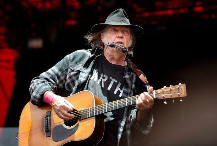 Neil Young heeft Donald Trump er al meermaals op gewezen dat zijn muziek niet door de Amerikaanse president mag worden gebruikt en heeft nu een rechtszaak aangespannen.