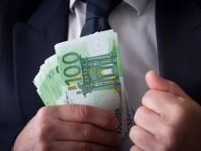 Drie mannen uit Veldhoven, België en vrouw uit Dordrecht verdacht van omkoping en valse facturen van 1,3 miljoen euro