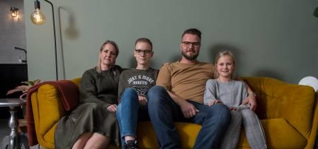 Strengere maatregelen zetten gezinsleven opnieuw op zijn kop: 'Vier weken? Dat is echt schrikken!'