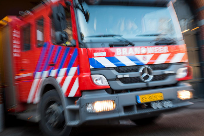 De brandweer rukt uit na een melding. ANP LEX VAN LIESHOUT