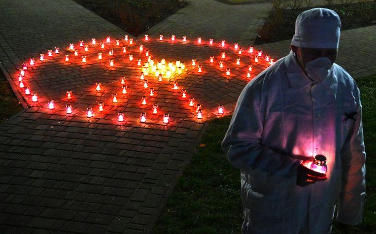 Monument in Tsjernobyl voor de slachtoffers van de kernramp.  Beeld AFP