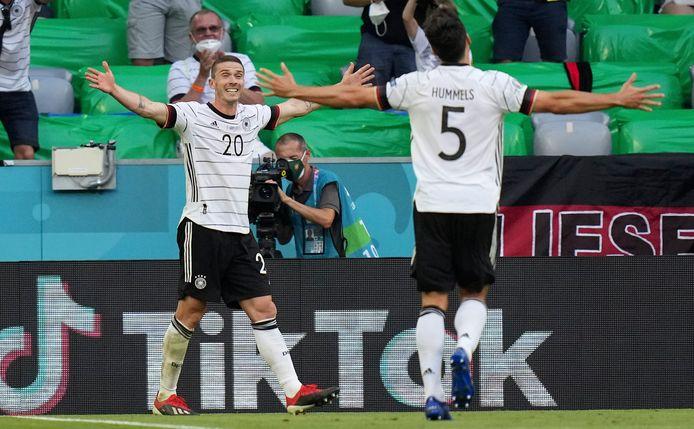 Robin Gosens was met twee assists en een doelpunt de grote uitblinker bij Duitsland, dat in München met 4-2 won van Portugal.
