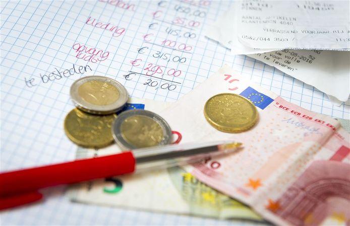 Extra geld voor minima kan straks met een speciale pas worden uitgegeven in Veenendaal.