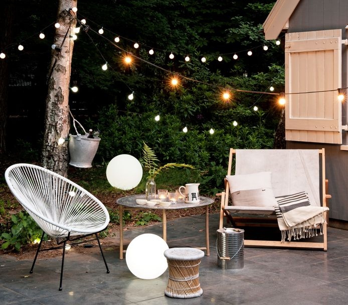 Gezellige lichtjes maken je terras klaar voor gezellige zomeravonden.