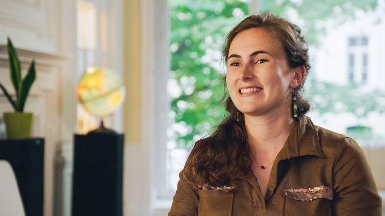 Hanne Berghman (23) speelt op dinsdag 11 december de hoofdrol in het programma 'Een Frisse Start met vtwonen' op de zender Vitaya.
