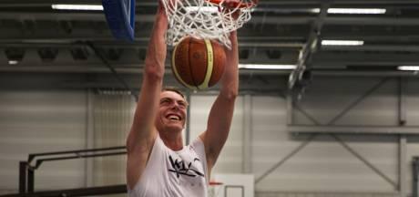 Droom van Helmondse basketballer Luuk van Bree komt uit na interlanddebuut: 'Ik mag het shirt houden'
