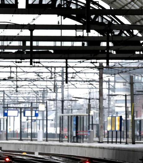 Treinverkeer rondom Amsterdam zwaar ontregeld