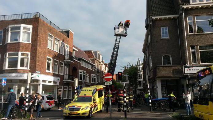 Een ladderwagen van de VRU in actie in Utrecht.