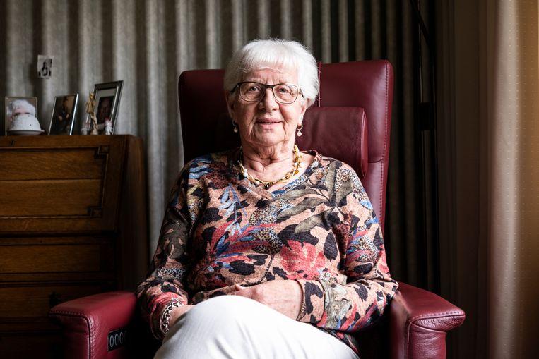 Riet Verhulst (84) woont in zorgcentrum De Vloet in Oisterwijk. Beeld Roos Pierson