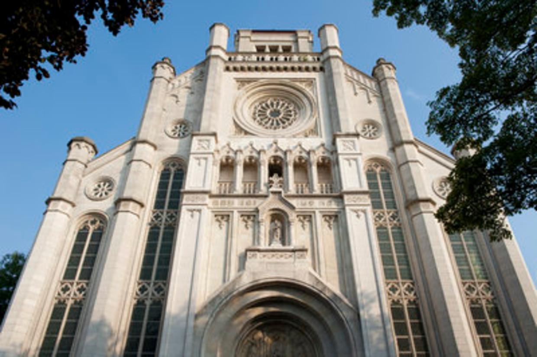 De Sint-Annakerk in Gent wordt binnenkort een Delhaizewinkel. Beeld Stad Gent