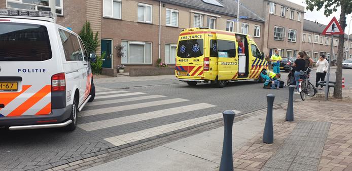 De ambulance heeft het slachtoffer naar het ziekenhuis vervoerd.