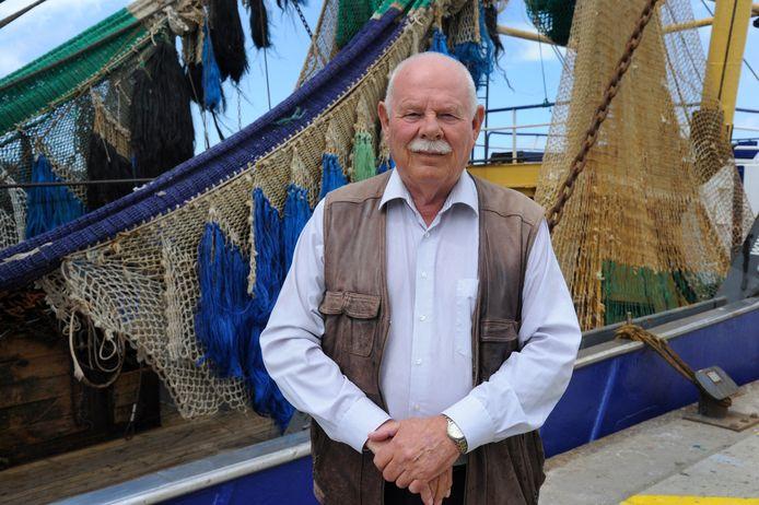 Foort Lokerse, vertrekkend directeur Holding Zeeuwse Visveilingen, op de kade bij de vismijn in Vlissingen.