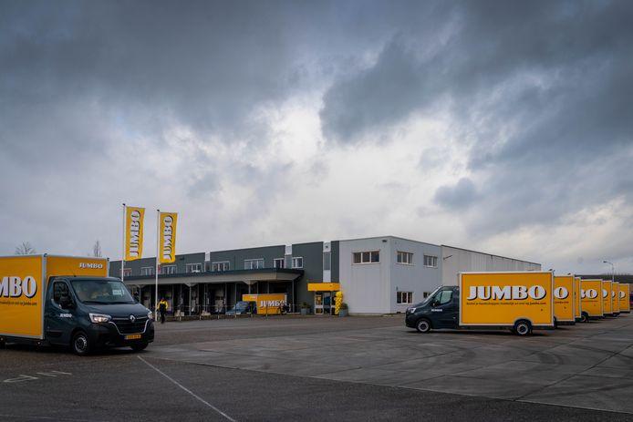 De nieuwe Jumbohub aan de Nijverheidstraat op het Bemmelse bedrijventerrein Pannenhuis.