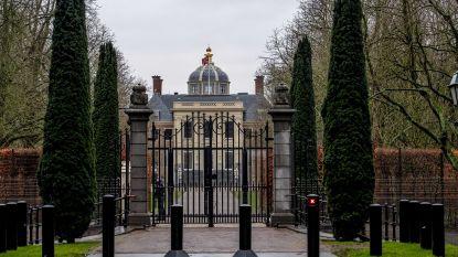 Gluren bij de koninklijke buren: nieuwe woonst van Willem-Alexander en Máxima heeft veel bekijks