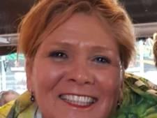 Stewardess Nathalie woont in Spanje: 'Direct na aankomst word ik opgesloten in de hotelkamer'