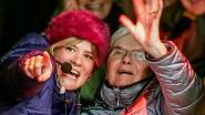 """Oma van Eva De Roo verrast haar kleindochter met bezoekje op Warmste Week in Kortrijk: """"Ingeduffeld als een eskimo"""""""