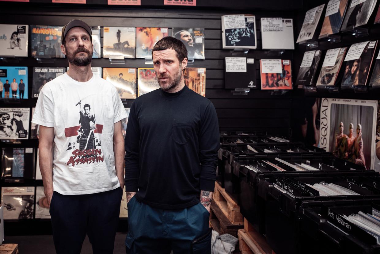 Andrew Fearn en Jason Williamson Beeld Rough Trade