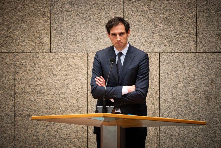 Over het potentiële gevaar dat de Volksbank liep zweeg minister Hoekstra tegen de Tweede Kamer. Beeld Freek van den Bergh / de Volkskrant