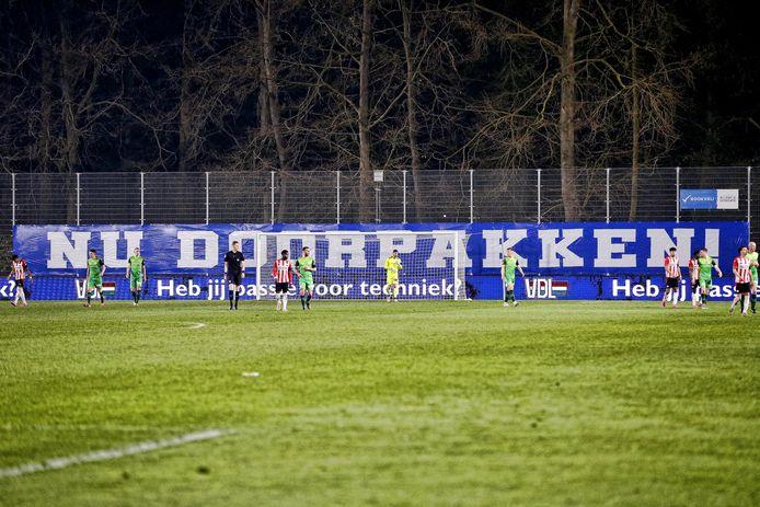 De Graafschap won maandag met 0-2 bij Jong PSV en kan tegen Almere City een voorschot nemen op promotie naar de eredivisie.