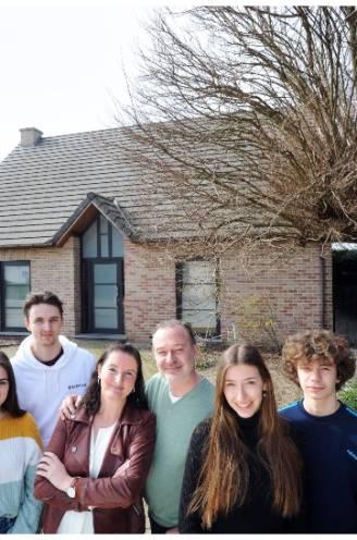 """Johan (51) wist dat huis als het zijne schaars zou worden en dat blijkt na 17 jaar ook uit de schatting: """"Vandaag verkopen zou financieel niet de slimste beslissing zijn"""""""