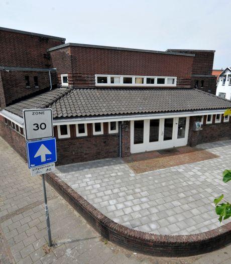 Kritiek op verkoop oude bibliotheek zwelt aan: veel Hengeloërs tekenen petitie