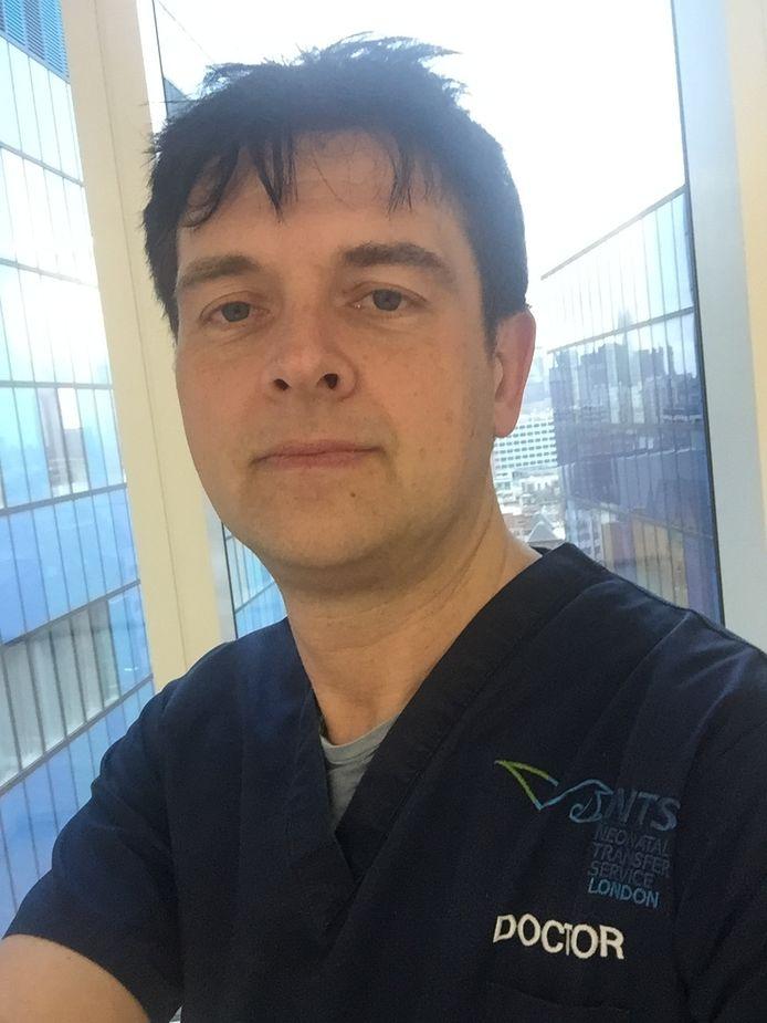 Igor Fierens, pédiatre belge qui exerce au Royal London Hospital