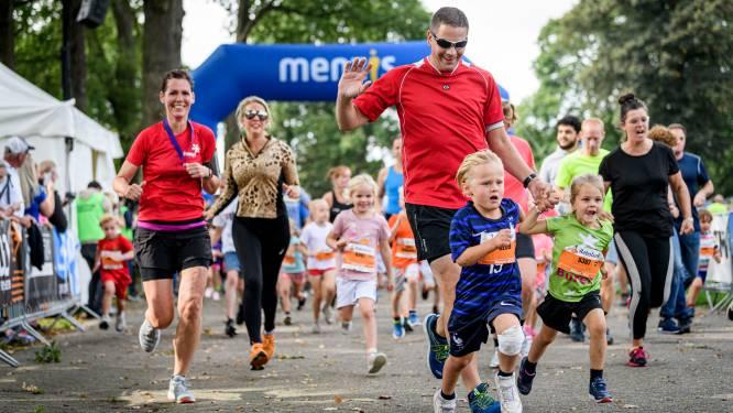 'Kleintje' Kidsrun: 1500 kinderen rennen mee bij Singelloop Enschede