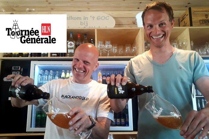 Cafébazen Michel en Robert zijn fier op hun eigen biertje 'Voenk'