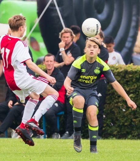 PSV geeft talent uit Almelo een profcontract