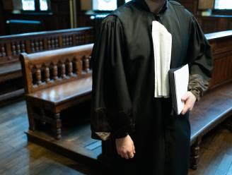 """Dertiger riskeert 18 maanden cel voor intrafamiliaal geweld: """"Hij verdraaide de waarheid en legde de schuld bij ex-vriendin"""""""
