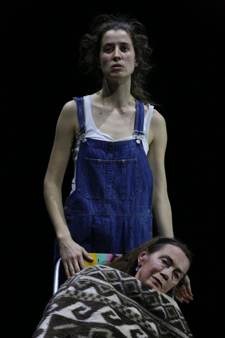 Do not look back with regret van Theater Rotterdam en regisseur Davy Pieters Beeld Sanne Peper