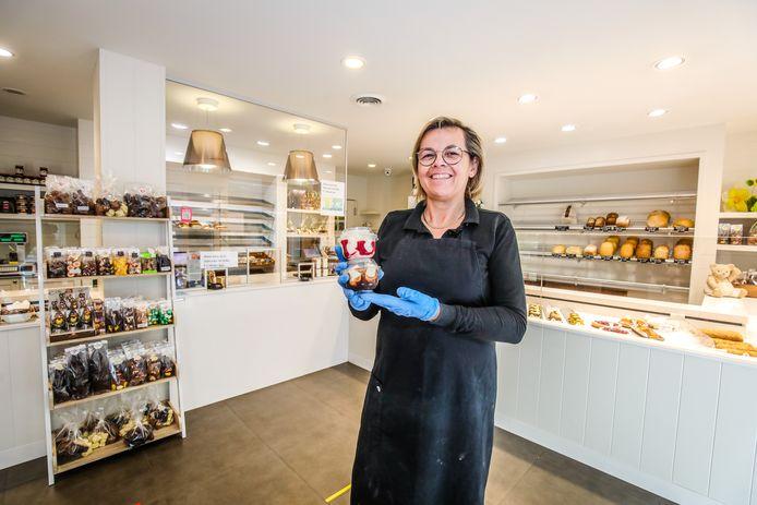 Bij bakkerij Soetaert te Heist kan je een ijsje sponsoren voor de zorgverstrekkers