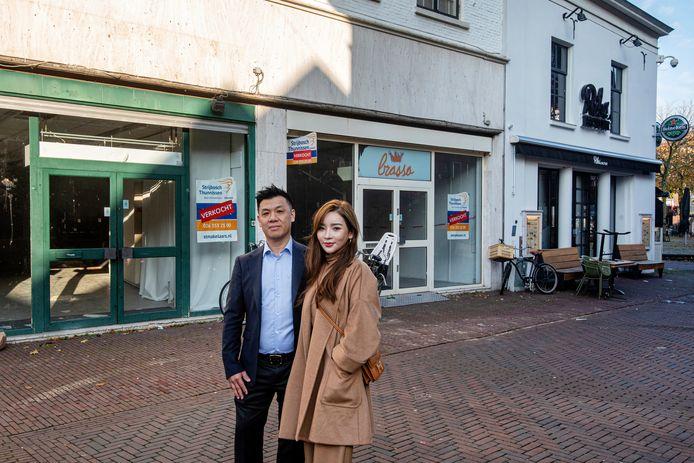Michael Hu en Celine Chen voor hun toekomstig Koreaans restaurant Mama-Kinchi aan de Jansplaats.