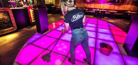 Clubs vinden 'maas in de wet' en gaan vrijdagnacht los: 'Om één minuut over twaalf gaan we open'