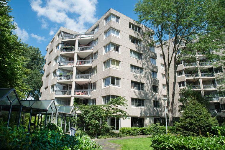 Woncomplex Gouden Leeuw  in Zuidoost, een van de twee gebouwen waarvoor dinsdag de monumentstatus is aangevraagd. Beeld Charlotte Odijk