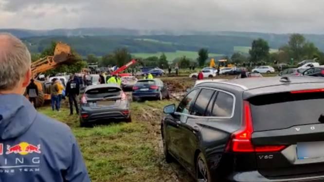 Des parkings transformés en champs de boue à Spa-Francorchamps, la police annonce des solutions pour réduire les files
