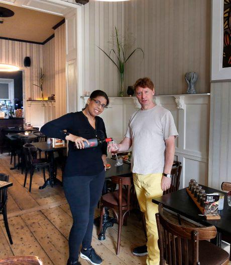 Bij nieuw restaurant De Stadskamer in Gorinchem eet je elke dag wat anders: 'Voor sommigen is dat wel wennen'