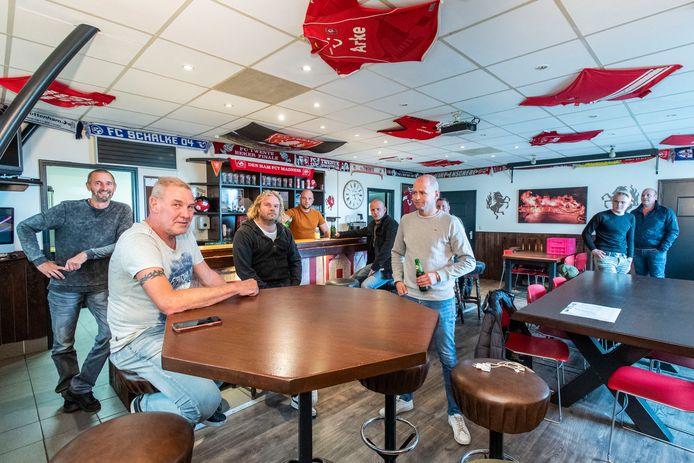 Het vernieuwde supportershome van FC Twente Madness in Den Ham.