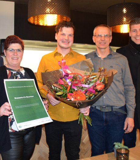 Sjors Dollevoet wint Ondernemersprijs gemeente Mill en Sint Hubert