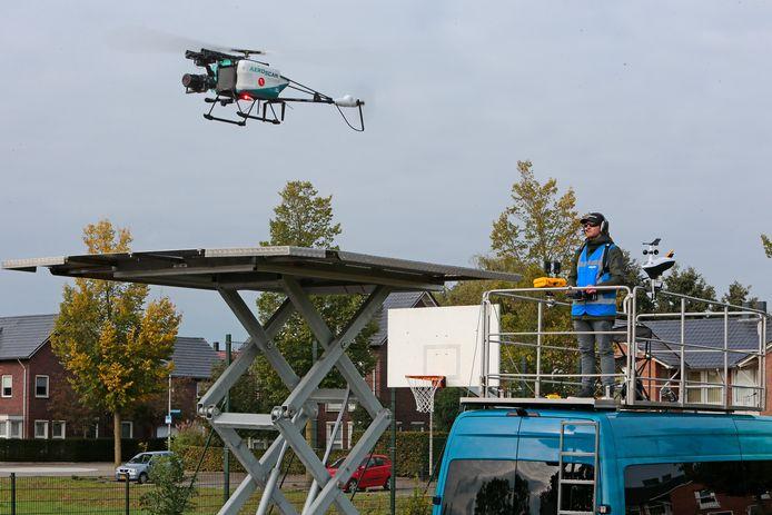 De drone van KleurrijkWonen in actie.