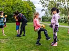 Eíndelijk! Kinderen mogen weer samen sporten: 'Het duurde heel lang'