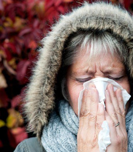 Ziekteverzuim hoger door langdurige coronaklachten; wel minder andere ziekmeldingen door thuiswerken