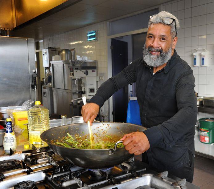 Dicky Wattimena kan vanaf half juni weer koken in Havendorp.