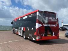 Op 'zijn' Voorne-Putten heeft Duncan Laurence nu een eigen songfestival-bus