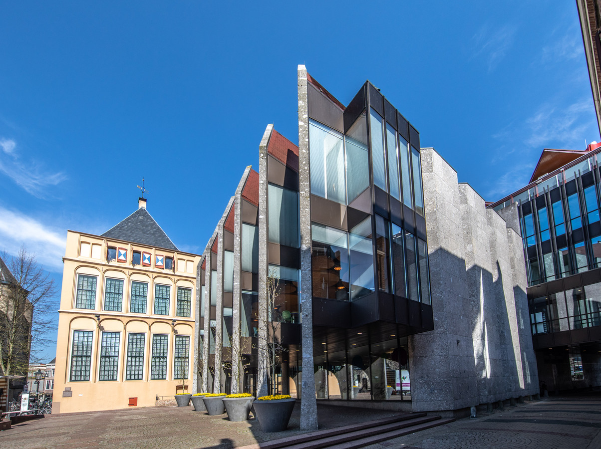 Het stadhuis van Zwolle.