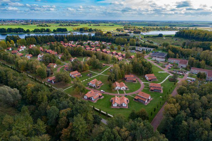Het asielzoekerscentrum in Dronten.