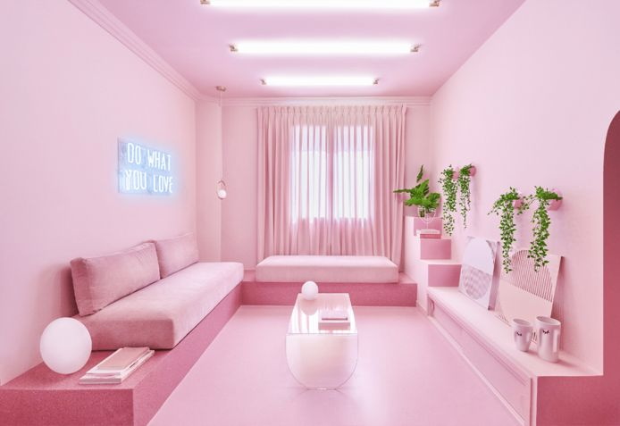 Cet appartement en plein centre de Madrid est entièrement rose.