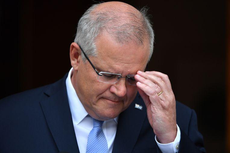 De Australische premier Scott Morrison geeft toe fouten gemaakt te hebben in de aanpak van de bosbrandencrisis. Beeld EPA