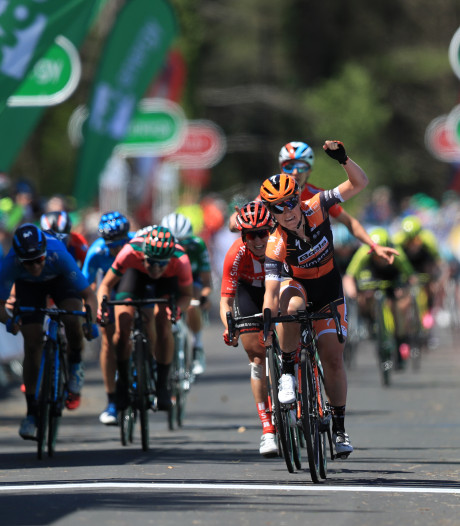 Pieters sprint naar zege in slotetappe Women's Tour